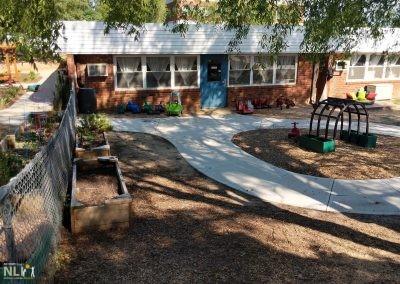 Toddler looped pathway